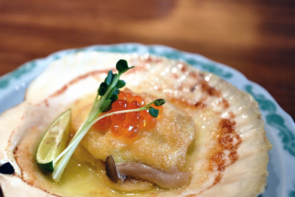 Grilled Scallop with Egg Yolk Sauce