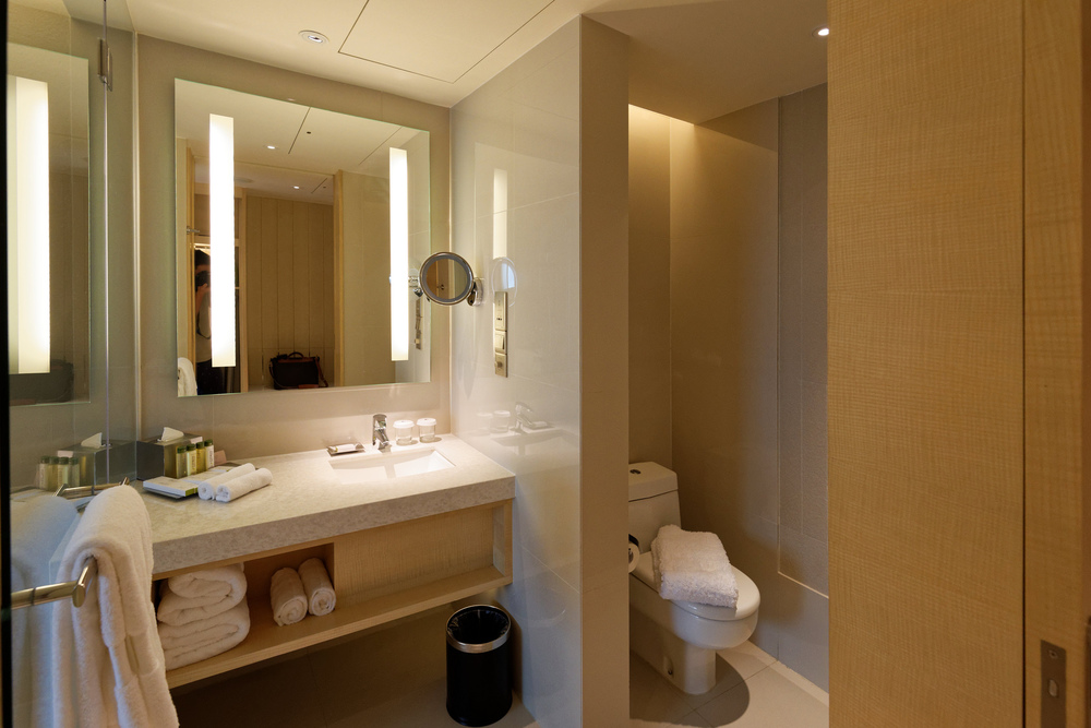 Bathroom of the Executive Room in Doubletree By Hilton Hotel Johor Bahru
