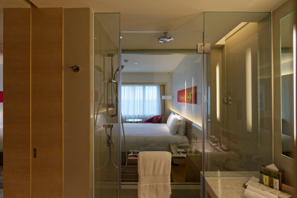 Bathroom of the Executive Room inDoubletree By Hilton Hotel Johor Bahru