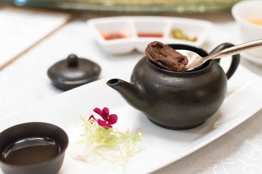 Double-boiled Abalone Consommé with Ginseng served in Teapot (宴庭功夫汤 - 玛卡炖鲍鱼)