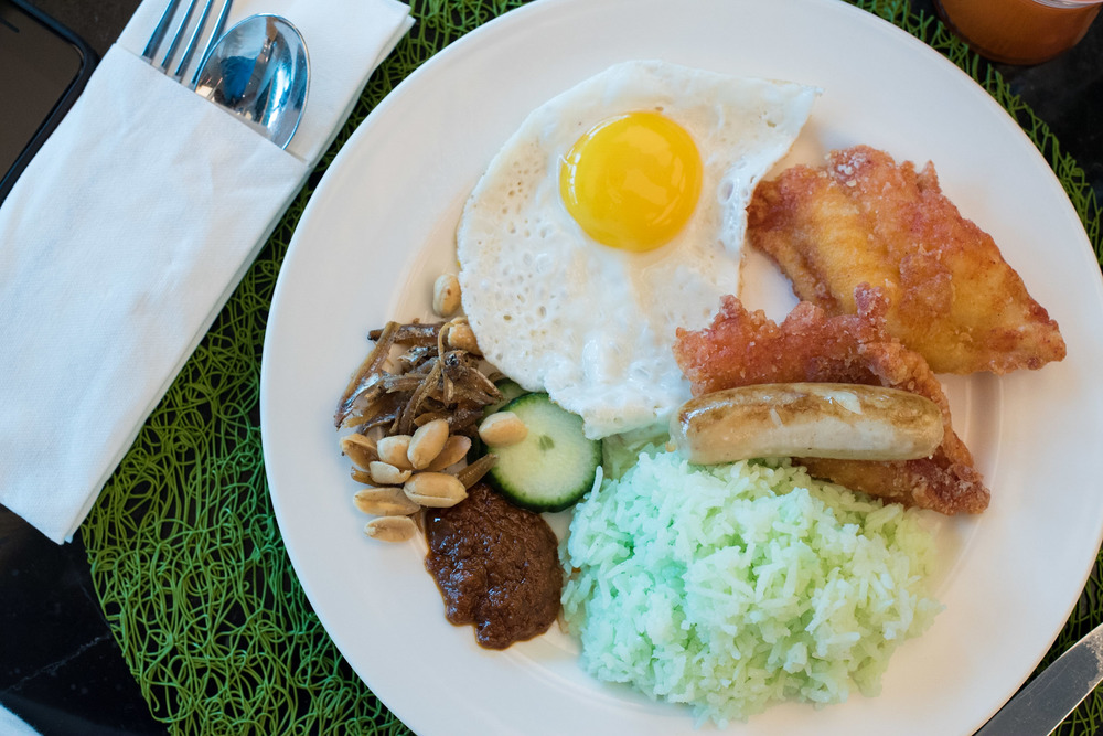 Breakfast at Makan @ Jen - Hotel Jen Orchardgateway Singapore