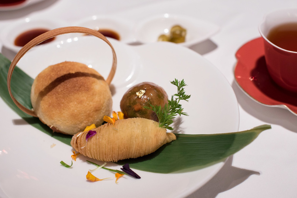 Baked Crispy Barbecued Pork Bun, Steamed Boletus Aereus Dumpling, Deep-Fried Shredded Turnip Pastry with Foie Gras  Shang Palace - Shangri-La Hotel, Singapore