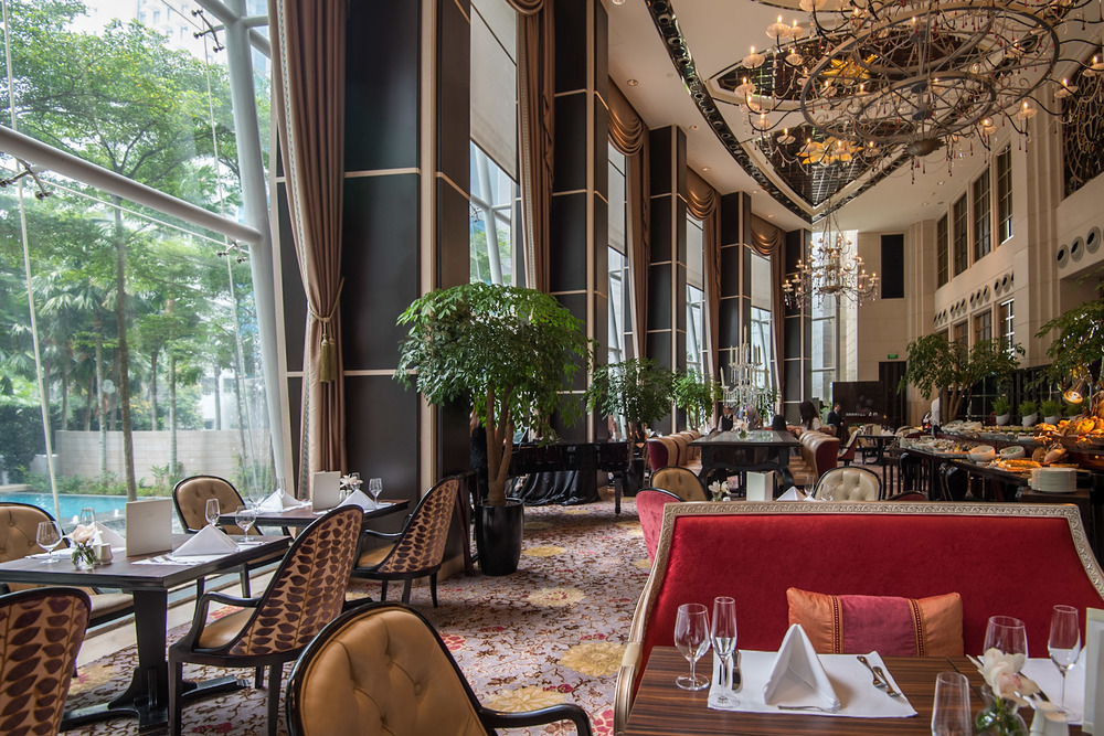Restaurant Interior Brasserie Les Saveurs - The St. Regis Singapore