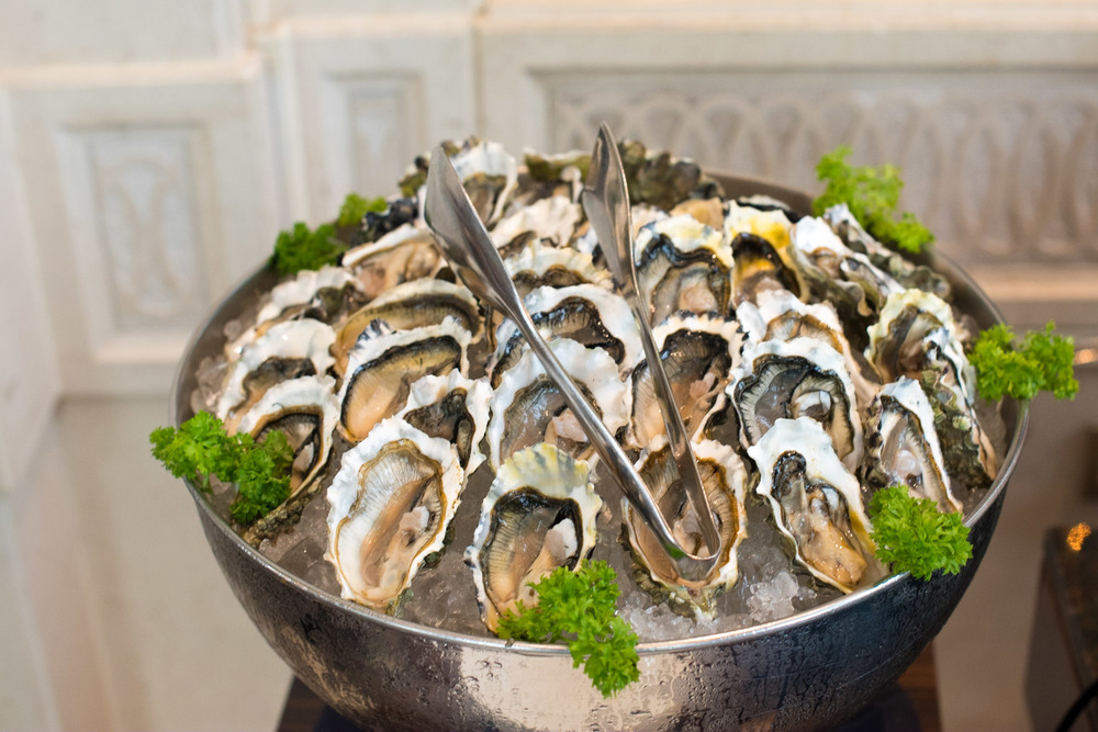 Freshly Shucked Oysters on Ice Brasserie Les Saveurs - The St. Regis Singapore