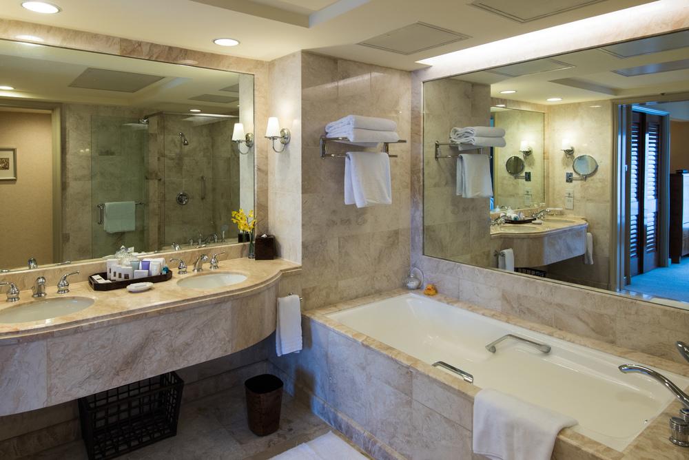 Bathroom of the Centennial Suite Conrad Centennial Singapore