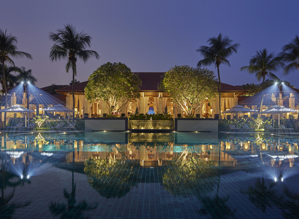 Swimming Pool at Night | Photo Credit: Sofitel Singapore Sentosa Resort & Spa