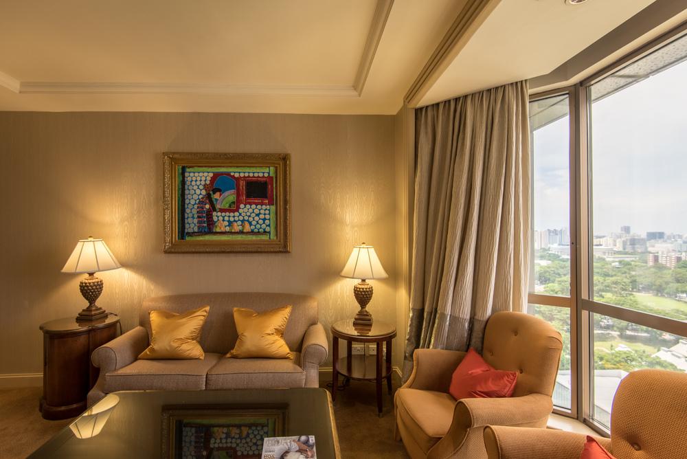 Living Room  Executive Suite - Sheraton Towers Singapore