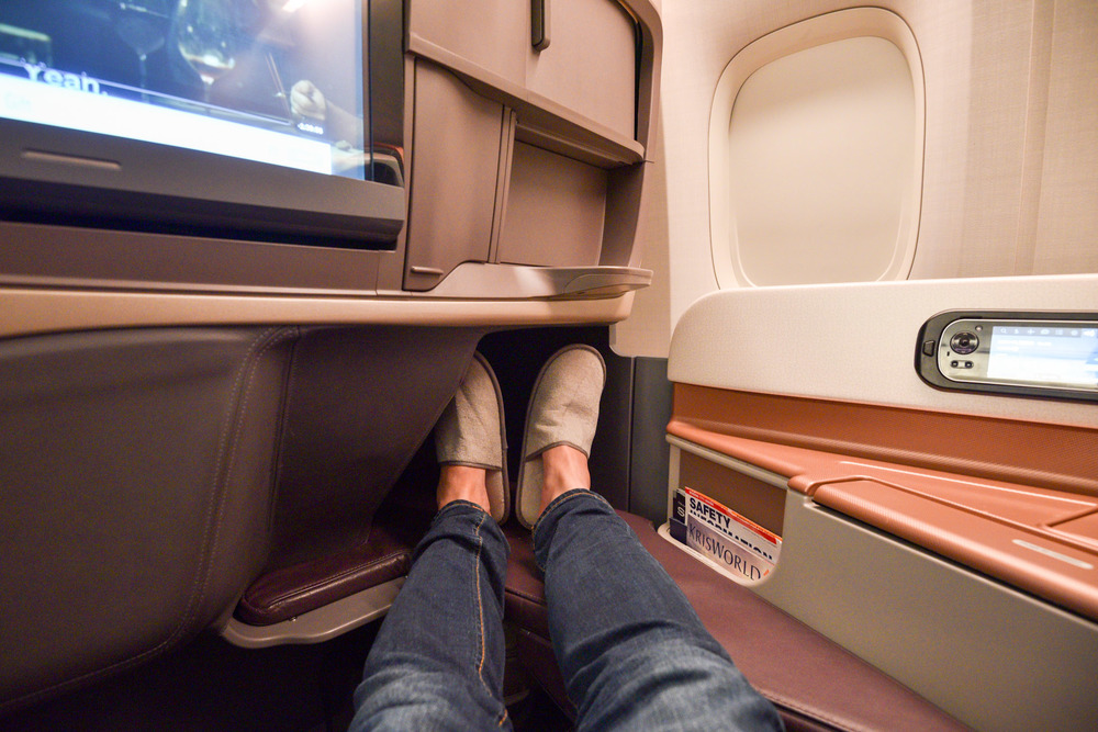 Legroom Boeing 777-300ER (Business Class) - Singapore Airlines