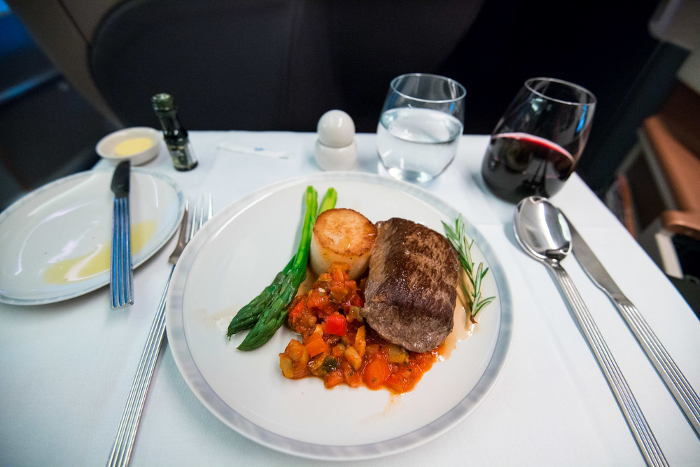 Seared Lamb Loin with Natural Jus Boeing 777-300ER (Business Class) - Singapore Airlines
