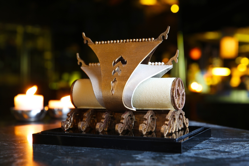 Bûche de Noël | Photo Credit: Sofitel So Bangkok