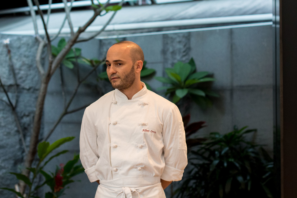 Guest Chef Albert Ortiz  Pool Grill - Singapore Marriott Tang Plaza