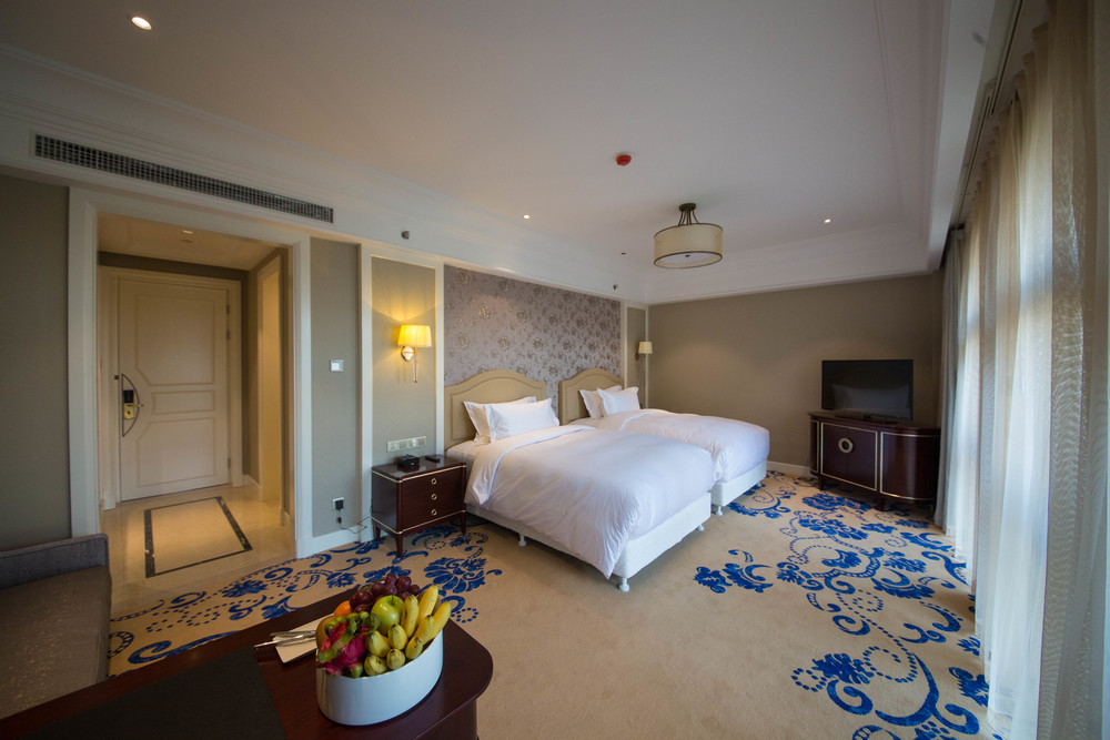Guest Room | Photo Credit: Pullman Tangshan