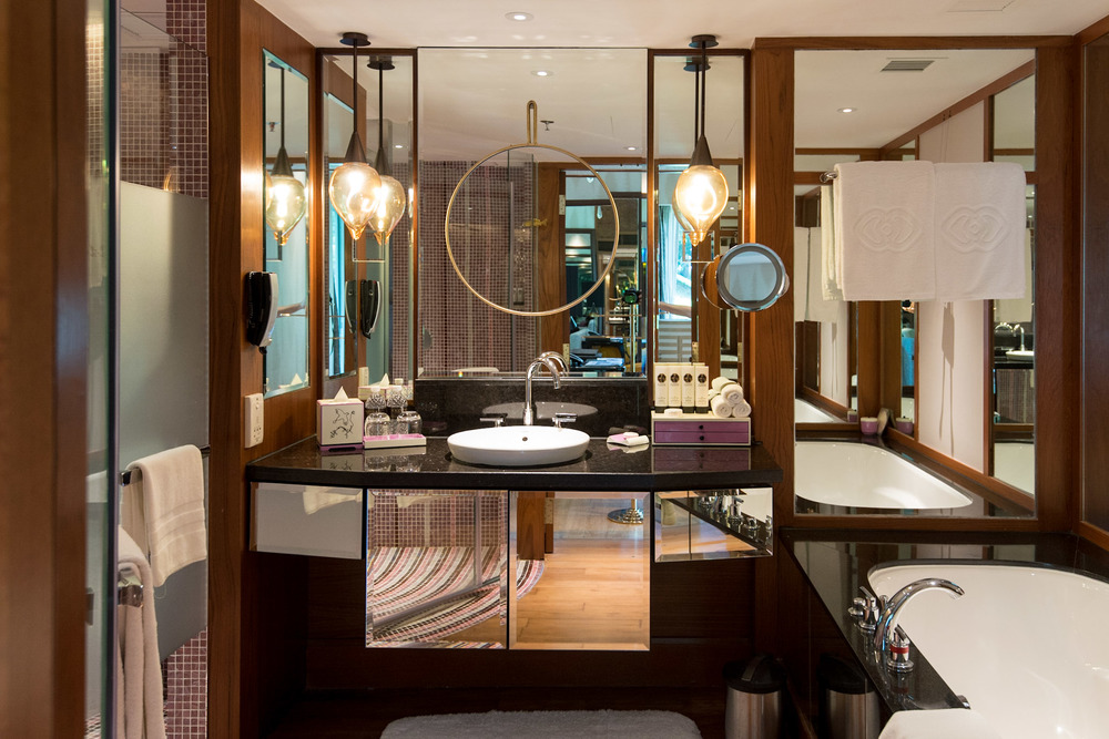 Bathroom Junior Suite - Sofitel Singapore Sentosa Resort & Spa