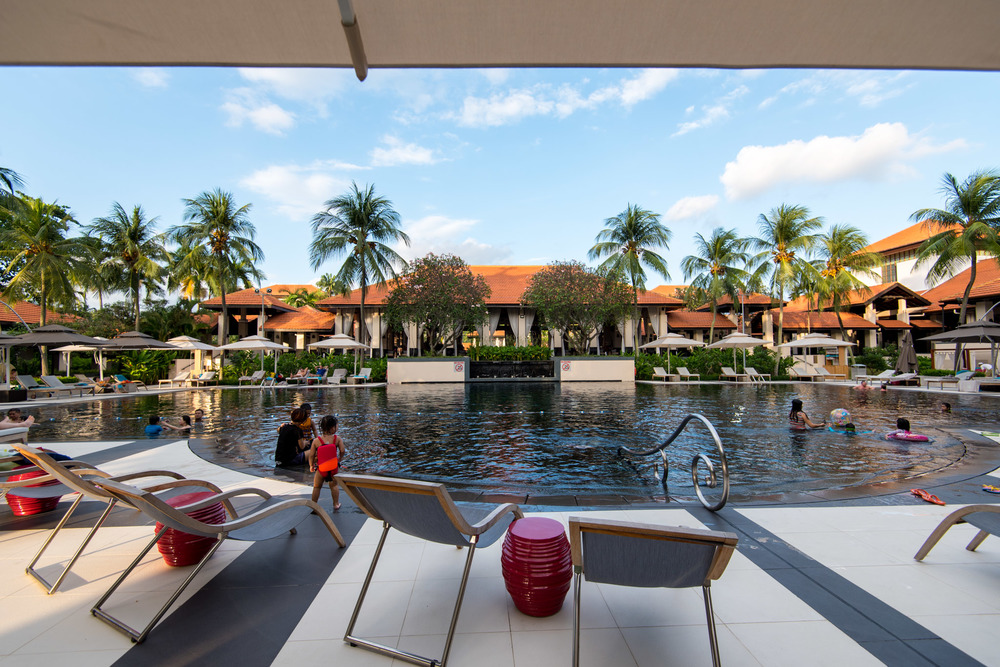 Swimming Pool Sofitel Singapore Sentosa Resort & Spa