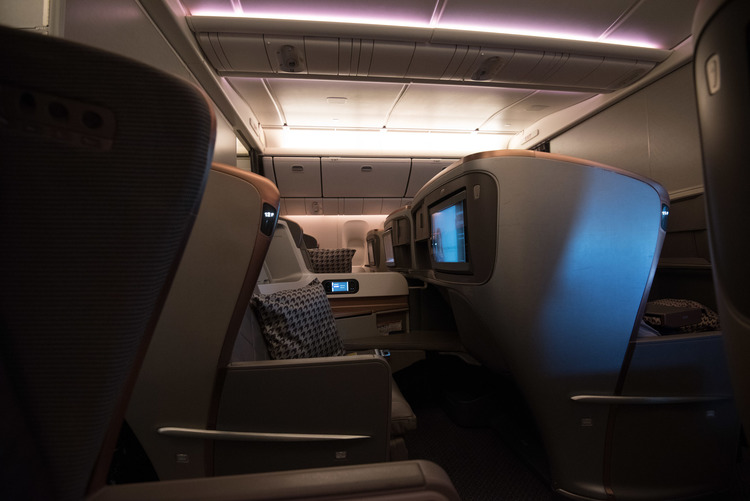 Business Class on Singapore Airlines (777-300ER)