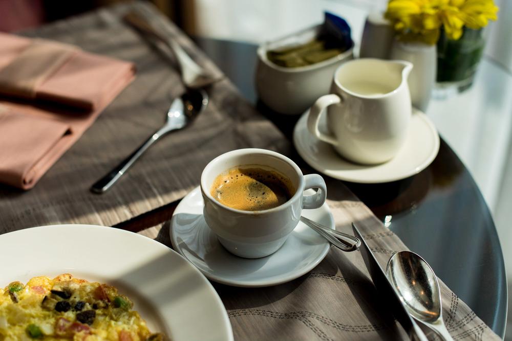 Breakfast Executive Lounge - Conrad Bangkok
