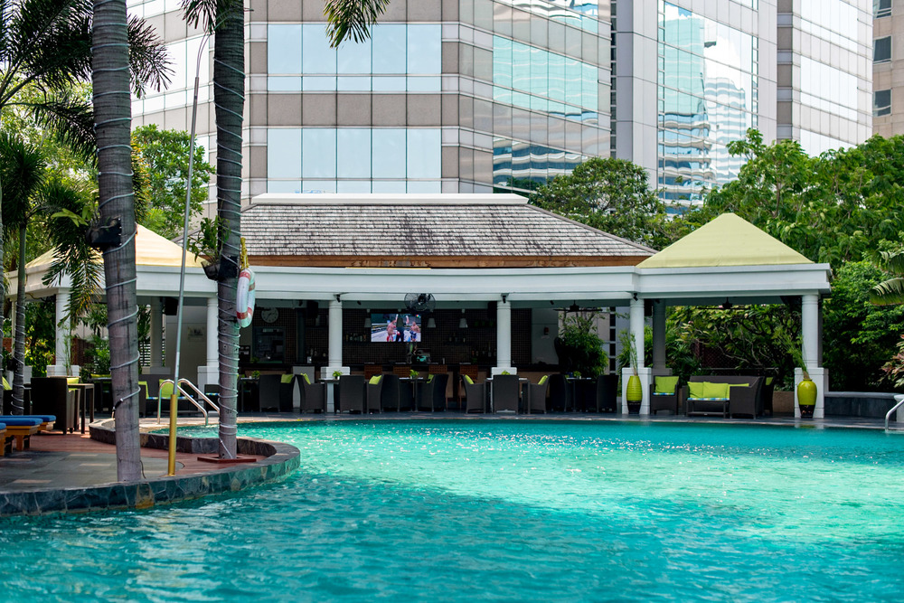 Swimming Pool Conrad Bangkok