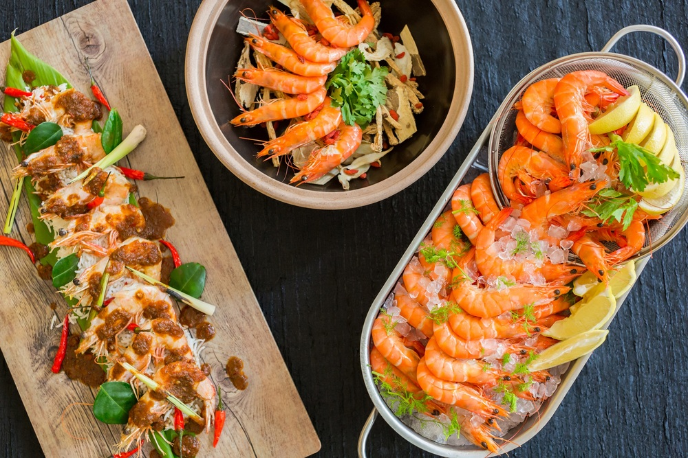 Thursday Dinner Buffet (S$55++) - His Majesty the King Prawn Eat Through The Week - Hotel Jen Tanglin Singapore