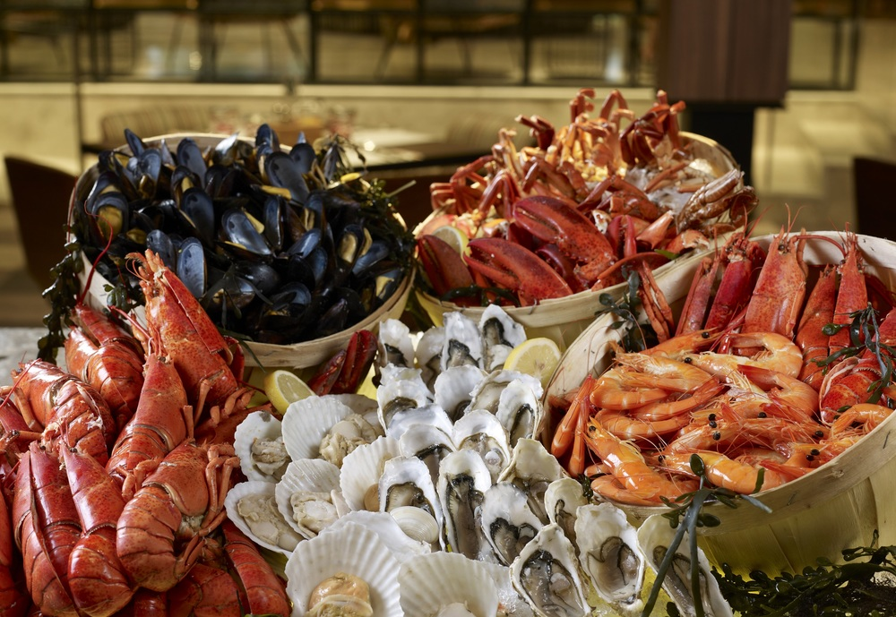 Friday and Saturday Dinner Buffet (S$60++) - Hooked! Seafood Mania  Eat Through The Week - Hotel Jen Tanglin Singapore