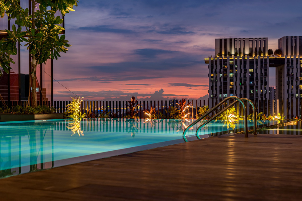 Sunset by the Infinity Pool - Club Floor     Oasia Hotel Downtown Singapore