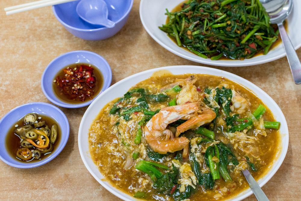 Kok Sen Restaurant - Shot on Nikon D500     Bib Gourmand (Michelin Guide Singapore 2016)  ISO 1800 |f / 4 |1/125 sec