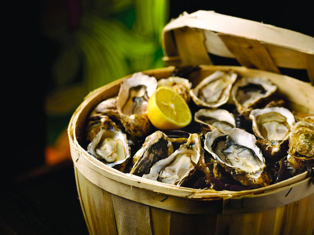 Wine and Oyster Promotion (S$99) at the Grand Hyatt Singapore | Photo Credit: Grand Hyatt Singapore