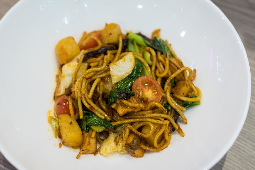 Vegetarian Mee Goreng NOW Noodles +