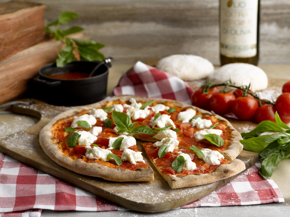 Pizza Burrata | Photo Credit: Grand Hyatt Singapore