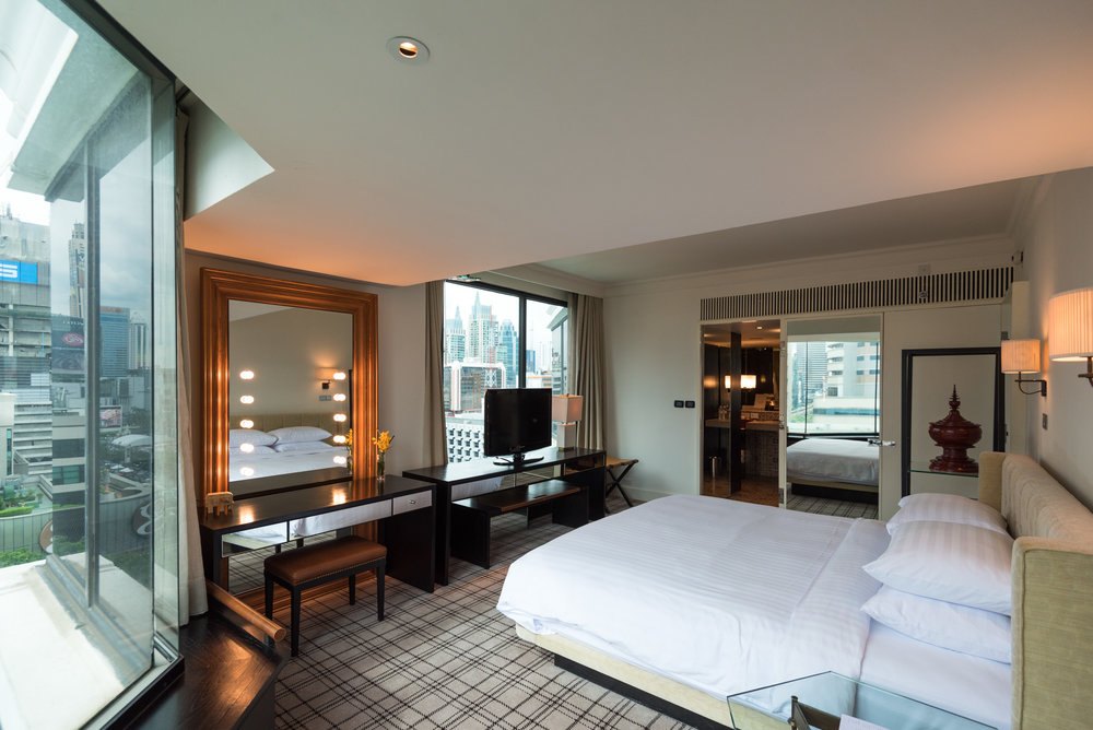 Bedroom     Grand Executive Suite King - Grand Hyatt Erawan Bangkok
