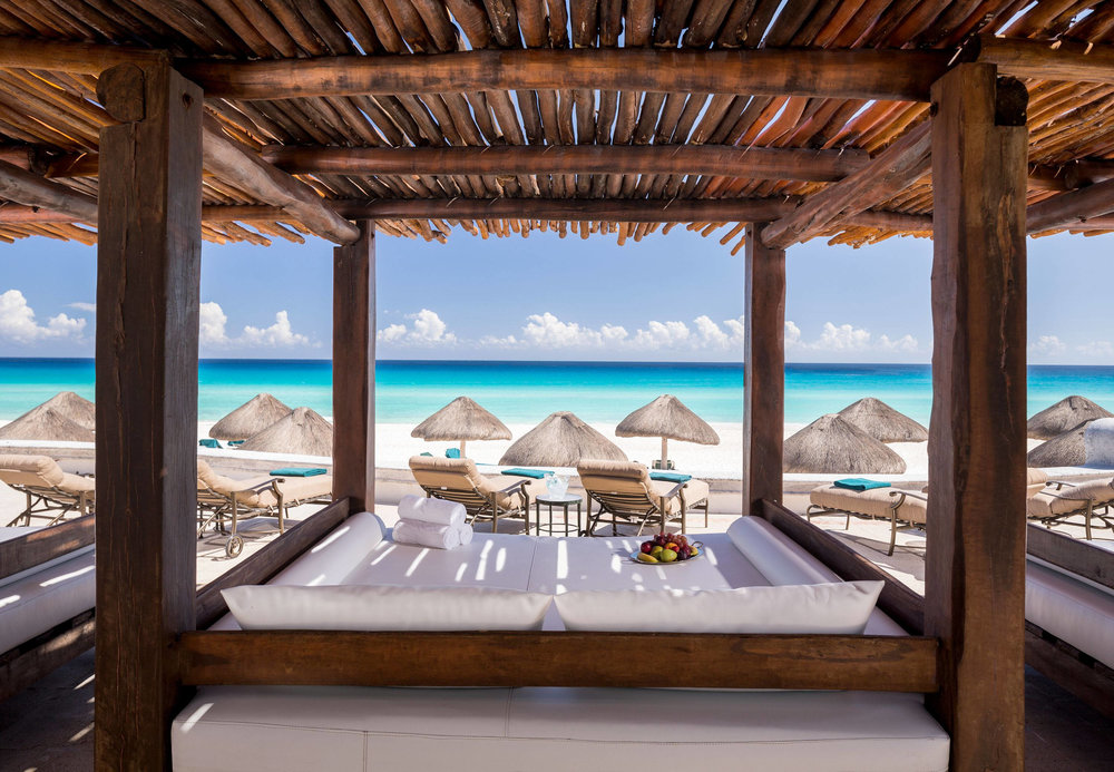 Bali Beds | Photo Credit: JW Marriott Cancun Resort & Spa