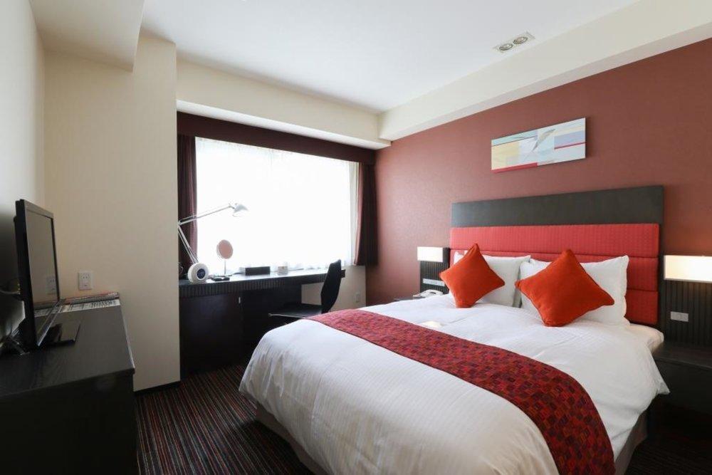 Guest Room | Photo Credit: Holiday Inn Osaka Namba