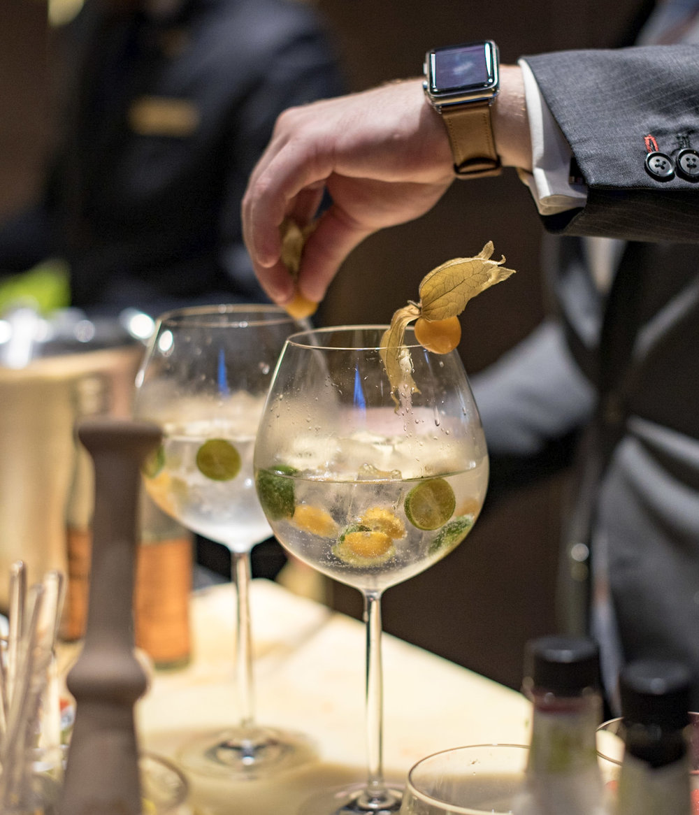 The Gin Experience - Happy Hour  Lobby Lounge - Conrad Centennial Singapore