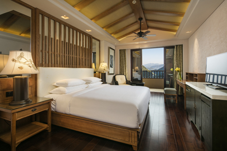 Hilton_Sangingshan_KingRoomwithBalcony_FP.jpg