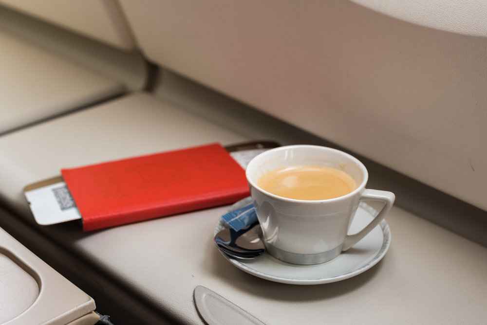 Illy Coffee - Lunch Service   Singapore Airlines Business A380-800 - HKG to SIN