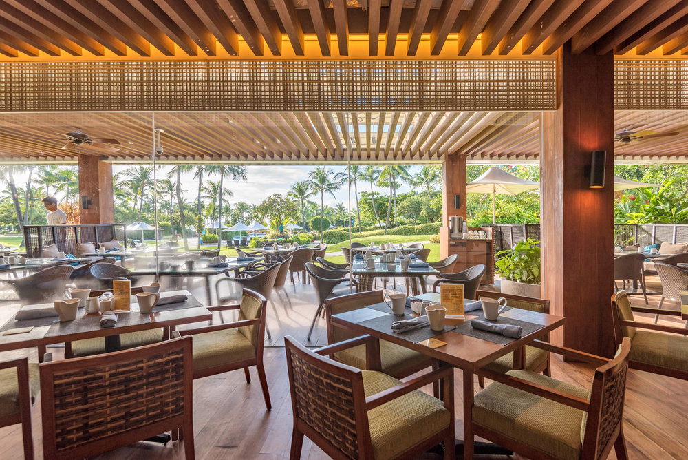 Breakfast Buffet at Tides Shangri-La's Mactan Resort and Spa, Cebu