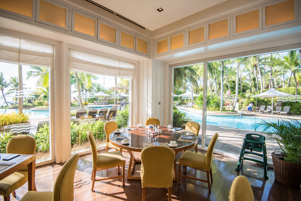 Breakfast Buffet at Acqua Shangri-La's Mactan Resort and Spa, Cebu