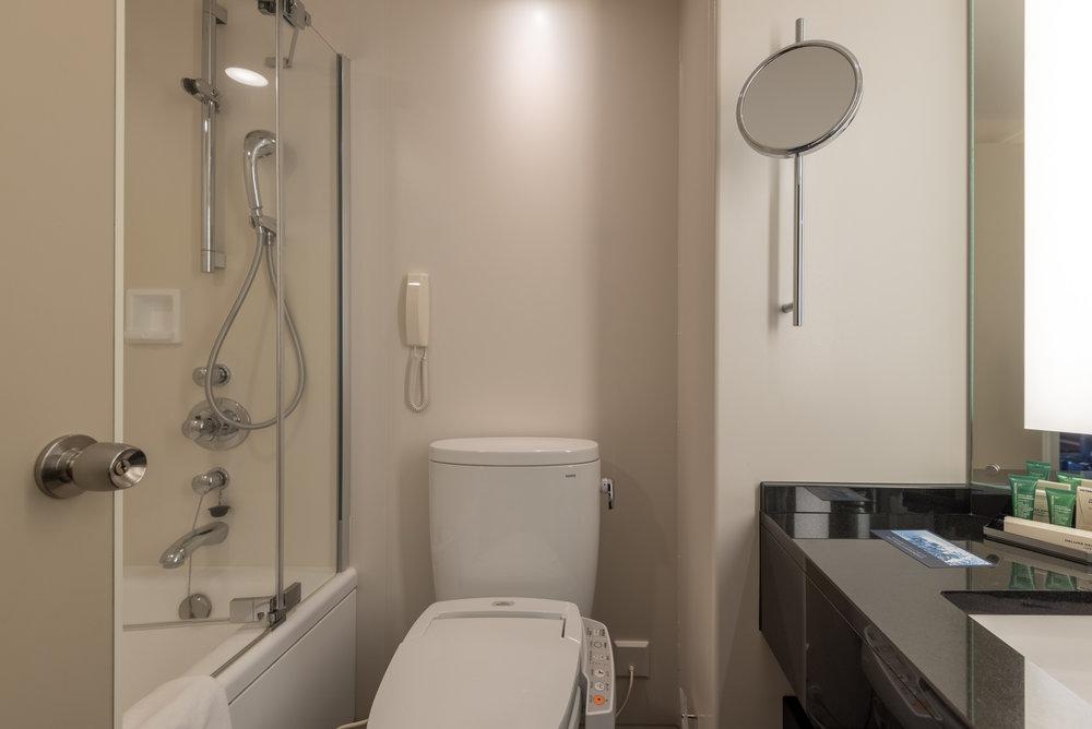 Bathroom King Executive Room - Hilton Tokyo (Shinjuku)