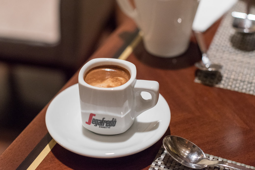 Coffee at Marble Lounge King Executive Room - Hilton Tokyo (Shinjuku)