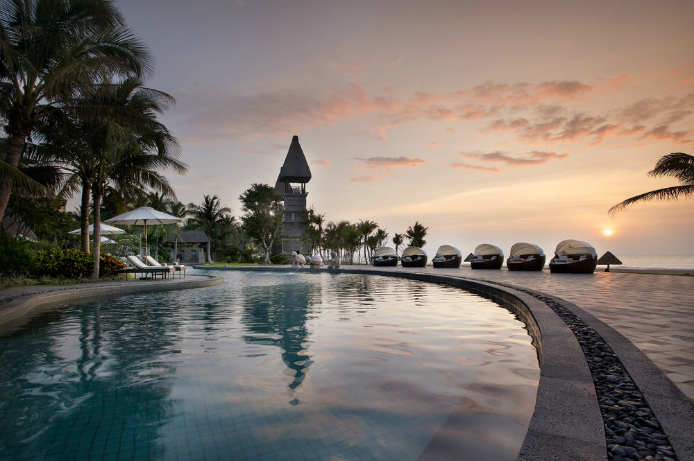 Lagoon Pool | Photo Credit: Raffles Hainan