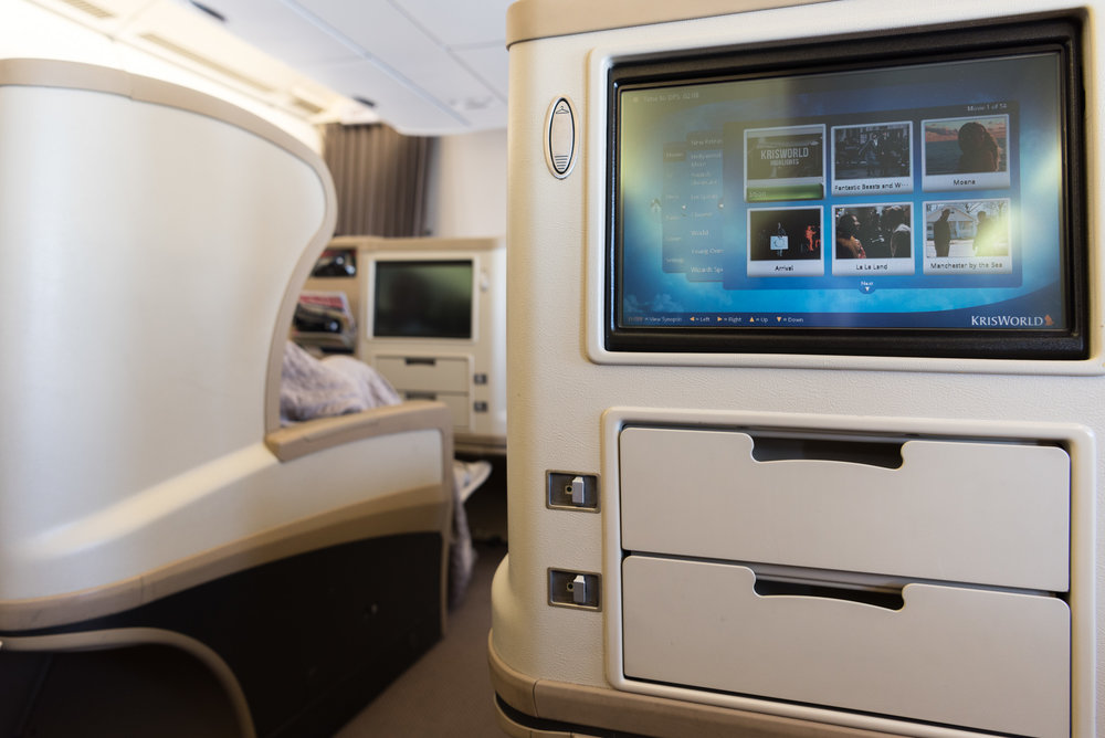 Seat 14H  Singapore Airlines Business Class A330-300 - SIN to DPS