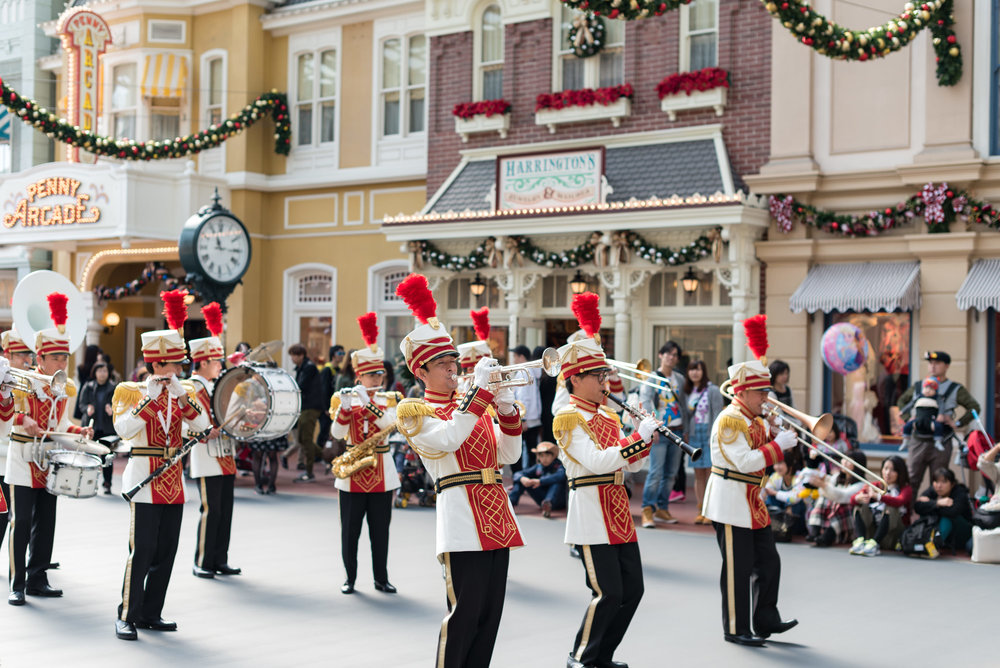 Band Performance Tokyo Disneyland