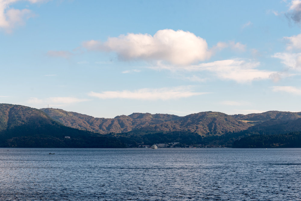 Lake Ashi  Travel Guide for Day-trip to Hakone from Tokyo