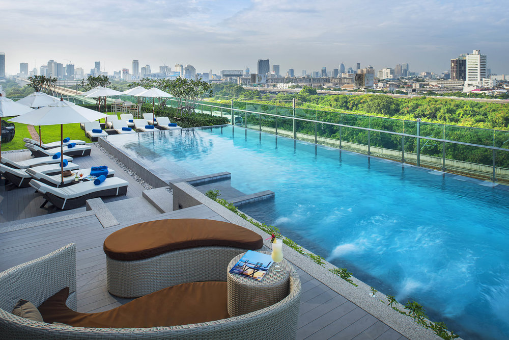 Swimming Pool | Photo Credit: Mercure Bangkok Makkasan