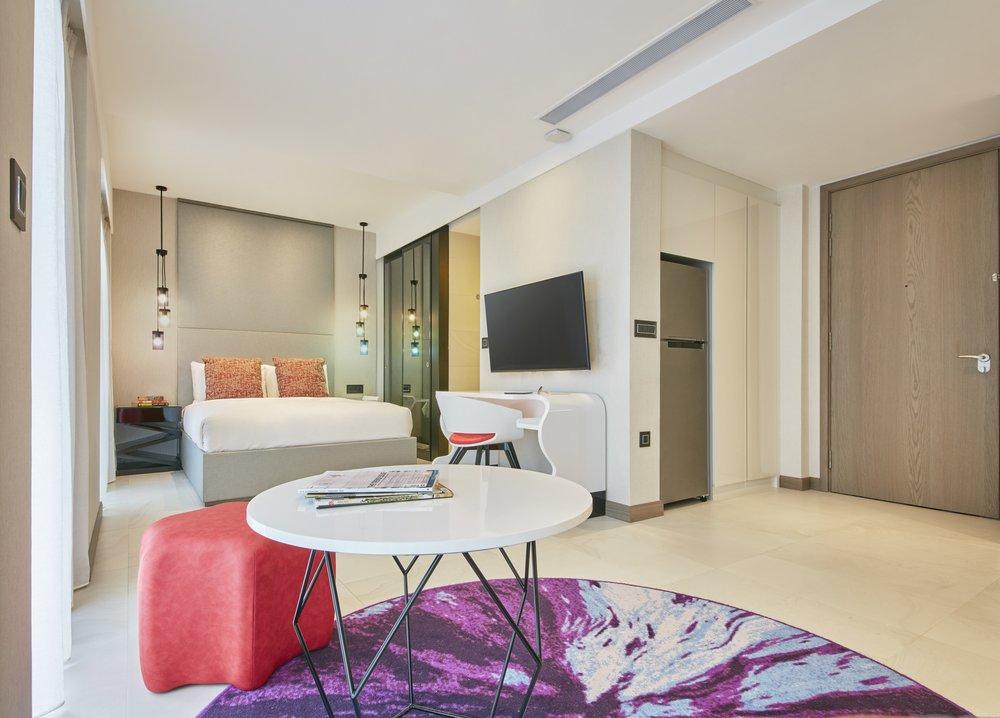 Oakwood Studios Singapore - Studio (Bedroom).jpg