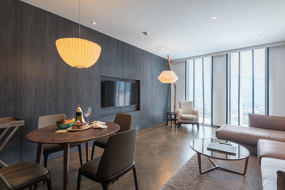 Living Room Premier Suite - G Hotel Kelawai