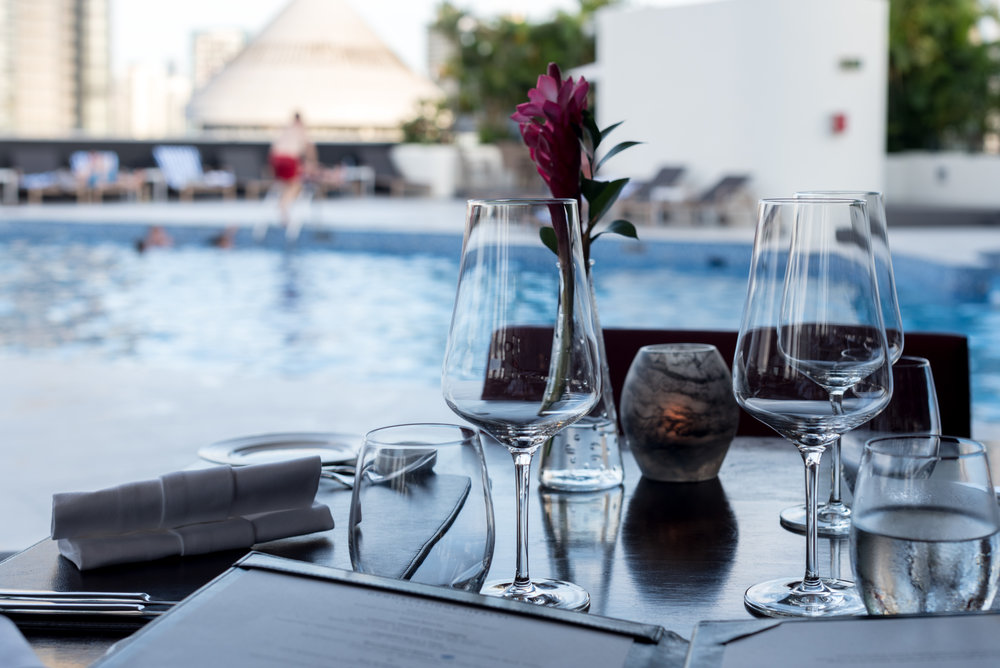 Poolside Dining  il Cielo - Hilton Singapore