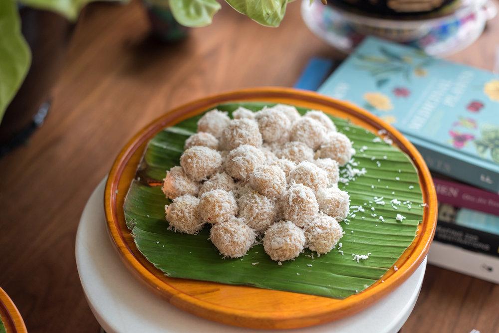 Selection of Kuehs and Desserts Lobby Lounge - Shangri-La Hotel, Singapore