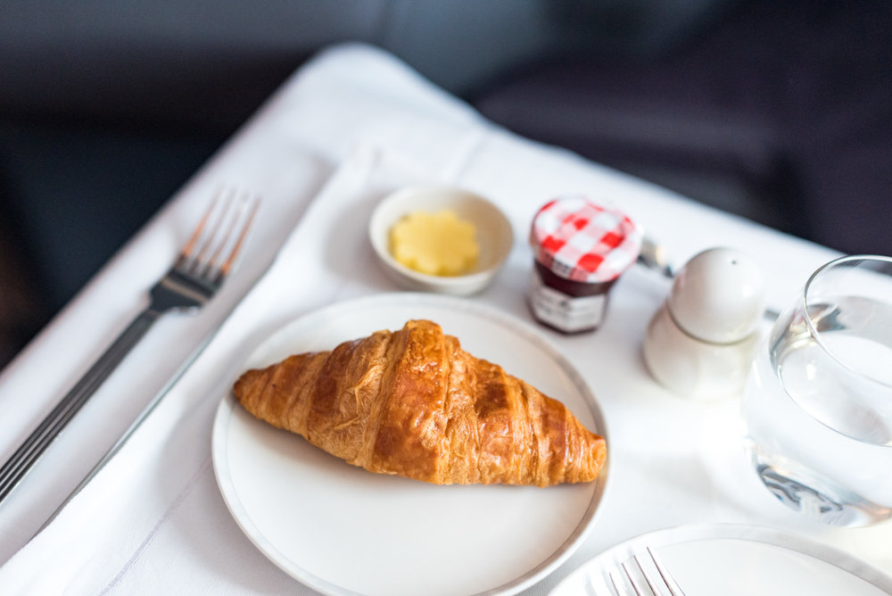 Warm Croissant - Brunch Service Singapore Airlines SQ856 Business - SIN to HKG
