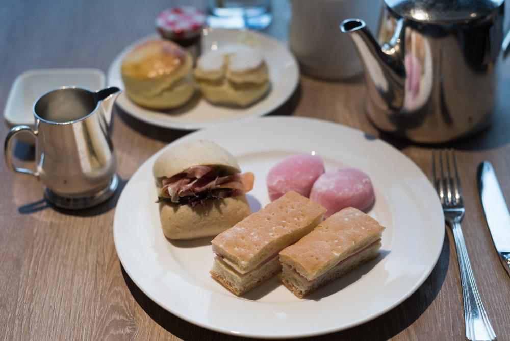 Afternoon Tea  Executive Lounge - Conrad Hong Kong