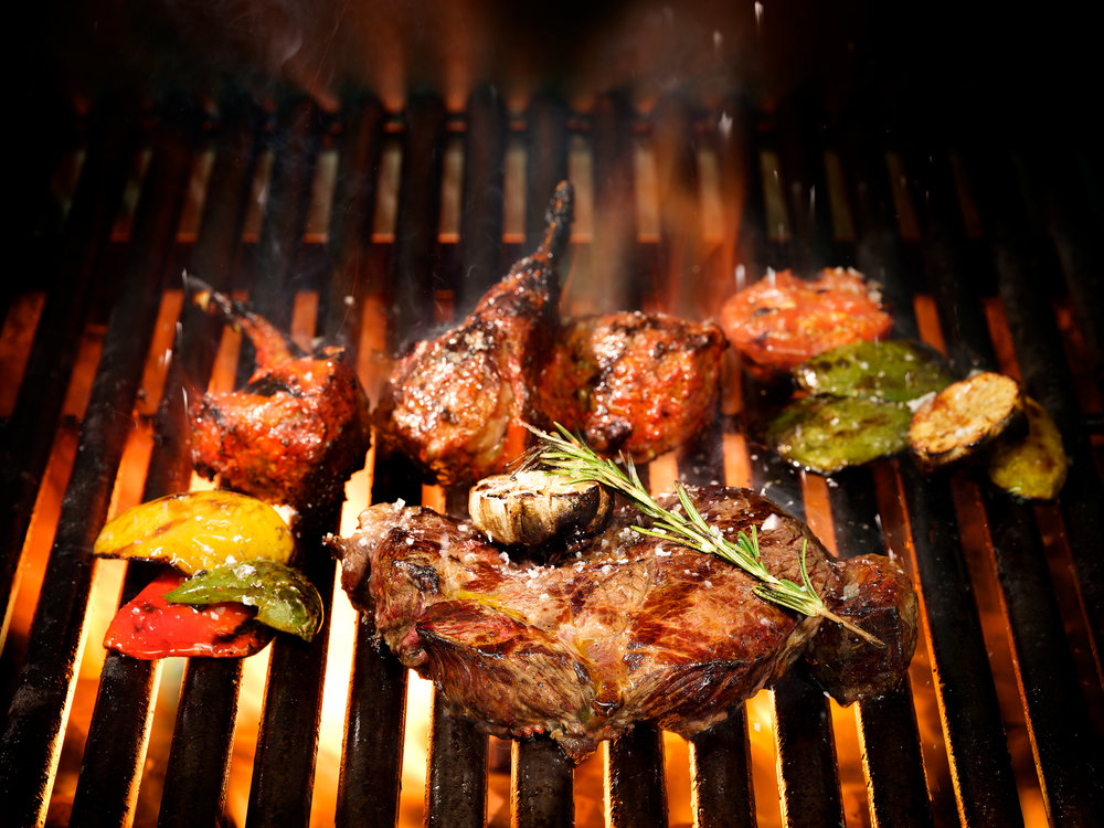 Poolside BBQ Dinner | Photo Credit: Pan Pacific Singapore